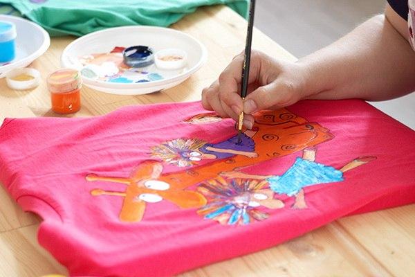 Рисунок роспись на ткани